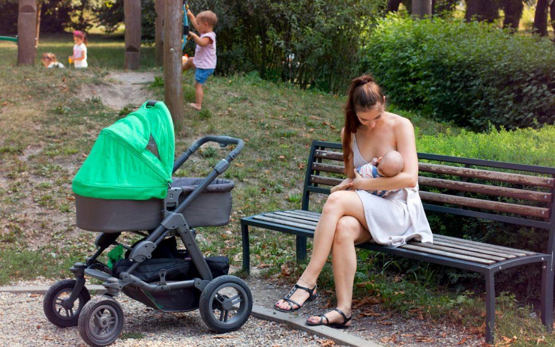 Comment allaiter en public et en toute discrétion ?